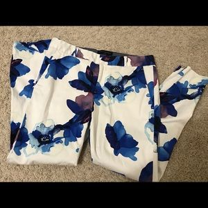 Banana republic floral pants 👖🌸